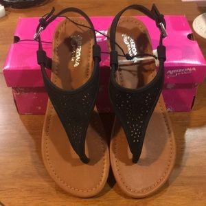 Gorgeous ♥️NEVER ♥️WORN♥️ faux suede sandals